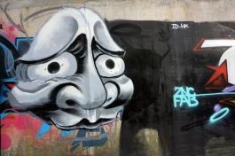 Half Mask (mid-autumn-graffiti-09188.jpg)